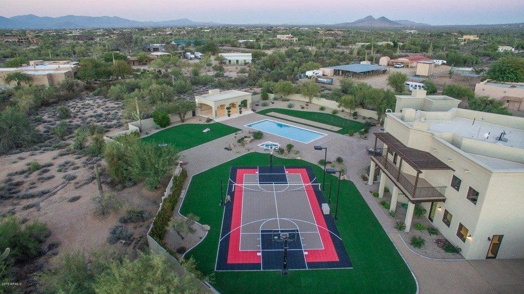 Sarah Palin's Scottsdale estate